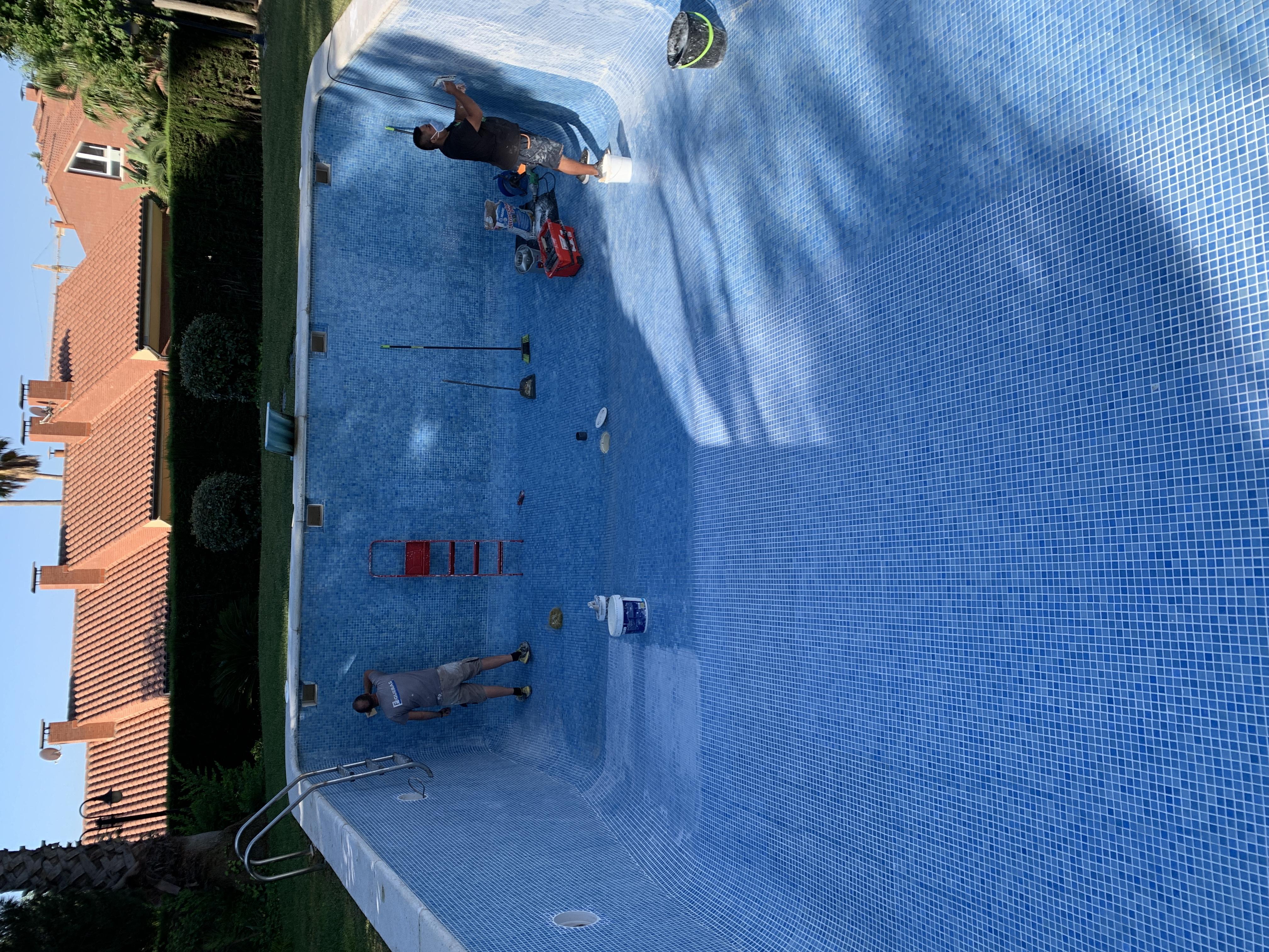 Reparación del vaso de la piscina